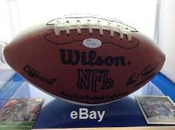 Reggie Blanc Autographié NFL Football (coa Et Comprend Jsa Sans Vitrine)