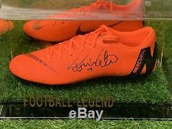 Ronaldo De Lima Signé Chaussure De Football Real Madrid Brésil Dans Un Affichage Cas Coa