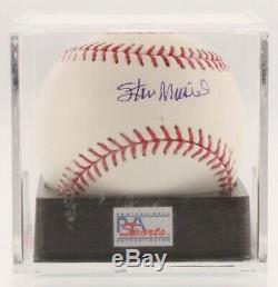 Stan Musial Signé Oml Baseball Avec Vitrine (psa Coa Graded 9)