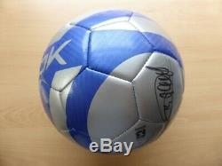 Thierry Henry Signé Reebok Football Dans Une Vitrine Coa Arsenal France (16310)