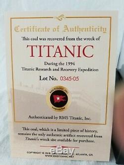 Titanic Rms Coal Dans Une Vitrine De Coa- De 1994 Expédition Rare