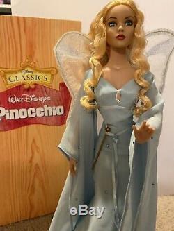 Tonner Disney Fée Bleue 16 Poupée Pinocchio Avec Vitrine, Coa, Et Boîte D'origine
